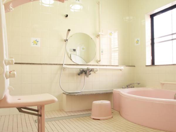 グループホーム オリーブ苑のお風呂の写真